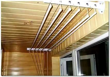 Важно знать то, что перед обшивкой балкона, его надо утеплить.  Используемые сейчас стеклопакеты, без вопросов...